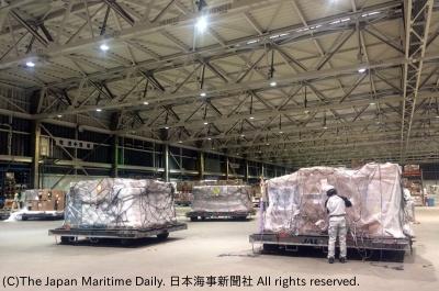 昨年9月に発生した台風21号による関空被災の影響で取り扱いが大きく減少したことなどが響き、輸入件数は3年ぶりにマイナスとなった