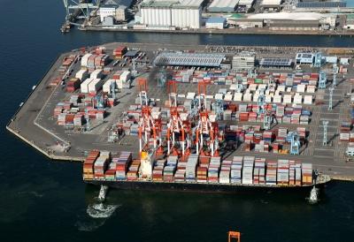 横浜港(写真提供:横浜市港湾局)