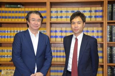 戸田総合法律事務所 弁護士 山本剛也氏(左)、青木理生氏(右)