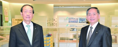 (左)JR貨物相談役 石田 忠正氏、(右)ヤマトグループ総合研究所理事長 木川 眞氏