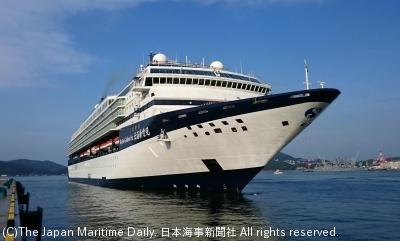 18年も日本寄港をメインに上海発着などを運航する